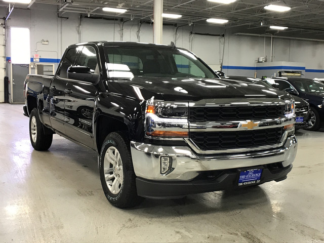 2018 Silverado 1500 Double Cab 4x4, Pickup #C18284 - photo 3