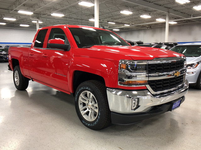 2018 Silverado 1500 Double Cab 4x4, Pickup #C18345 - photo 3