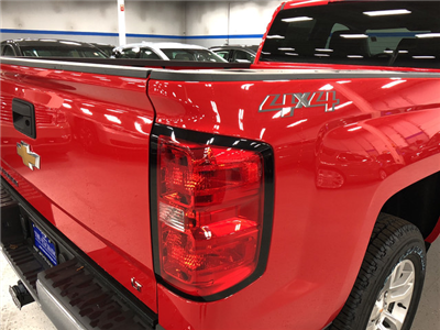 2018 Silverado 1500 Extended Cab 4x4 Pickup #C18345 - photo 11
