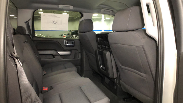 2018 Silverado 1500 Crew Cab 4x4, Pickup #C18357 - photo 24