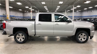 2018 Silverado 1500 Crew Cab 4x4, Pickup #C18357 - photo 13