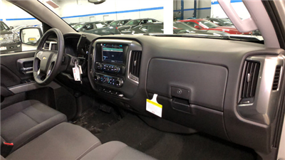 2018 Silverado 1500 Crew Cab 4x4, Pickup #C18357 - photo 16