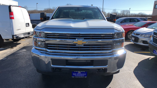 2018 Silverado 2500 Regular Cab, Service Body #C18497 - photo 4