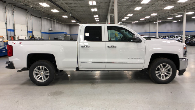 2018 Silverado 1500 Double Cab 4x4, Pickup #C18503 - photo 13