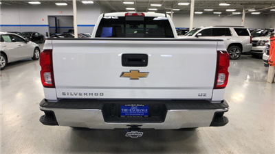 2018 Silverado 1500 Double Cab 4x4, Pickup #C18503 - photo 9