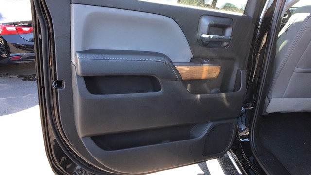 2018 Silverado 2500 Crew Cab 4x4, Pickup #C18614 - photo 20
