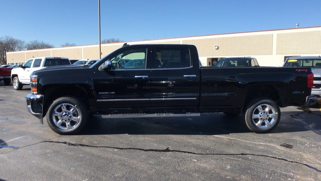 2018 Silverado 2500 Crew Cab 4x4, Pickup #C18614 - photo 7