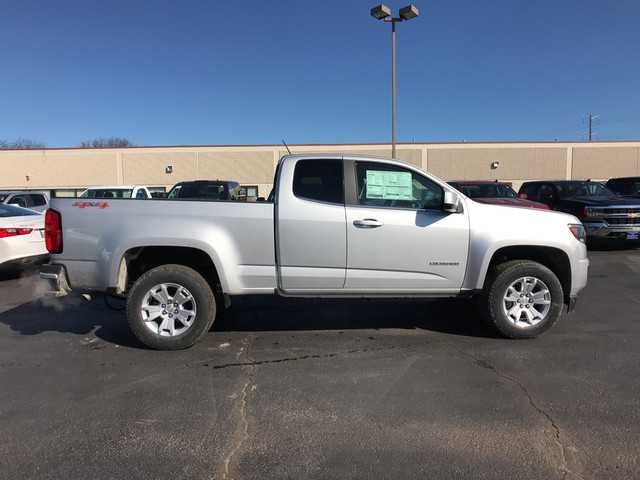 2018 Colorado Extended Cab 4x4,  Pickup #C18624 - photo 13