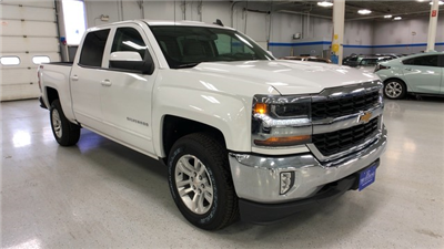 2018 Silverado 1500 Crew Cab 4x4, Pickup #C18638 - photo 3