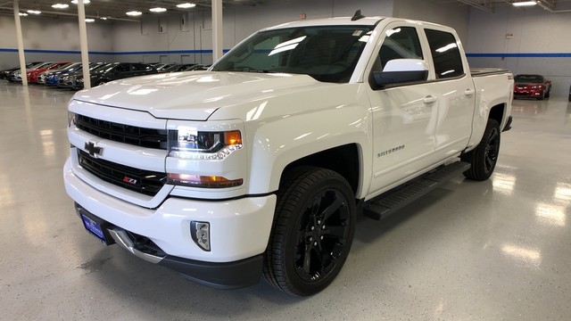 2018 Silverado 1500 Crew Cab 4x4, Pickup #C18649 - photo 1