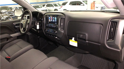 2018 Silverado 1500 Crew Cab 4x4, Pickup #C18649 - photo 14