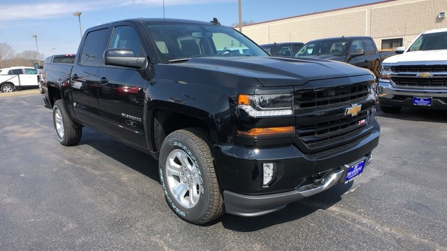 2018 Silverado 1500 Crew Cab 4x4,  Pickup #C18733 - photo 3