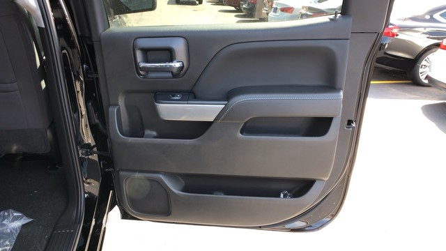 2018 Silverado 1500 Crew Cab 4x4,  Pickup #C18733 - photo 20