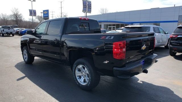 2018 Silverado 1500 Crew Cab 4x4,  Pickup #C18733 - photo 2
