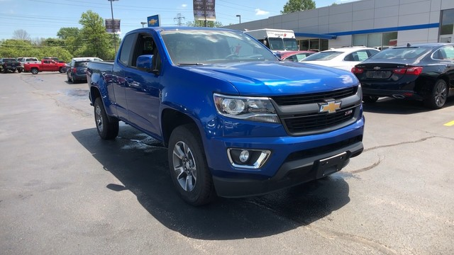 2018 Colorado Extended Cab 4x4,  Pickup #C18907 - photo 3