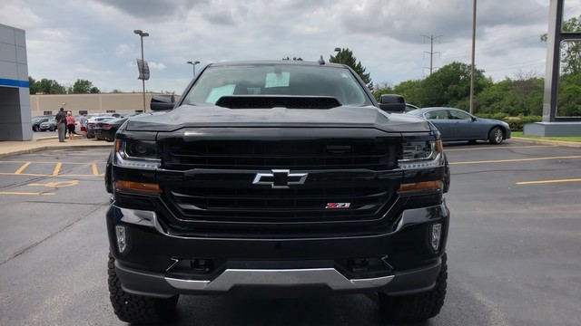 2018 Silverado 1500 Crew Cab 4x4,  Tuscany Badlander Pickup #C18979 - photo 10