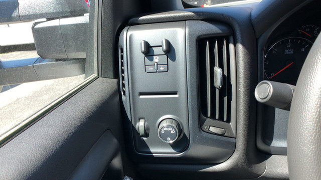 2017 Silverado 2500 Crew Cab 4x2,  Knapheide Service Body #C7062 - photo 24