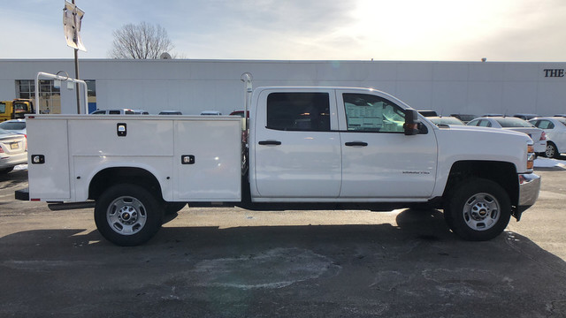 2017 Silverado 2500 Crew Cab, Service Body #C7078 - photo 12