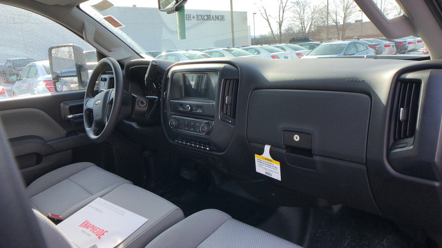 2017 Silverado 2500 Crew Cab, Service Body #C7078 - photo 14