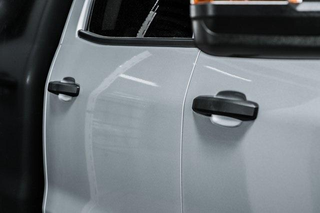 2020 Chevrolet Silverado Medium Duty Crew Cab DRW 4x4, Chipper Body #20380 - photo 10