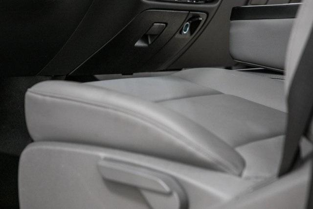 2020 Chevrolet Silverado Medium Duty Crew Cab DRW 4x4, Chipper Body #20380 - photo 27