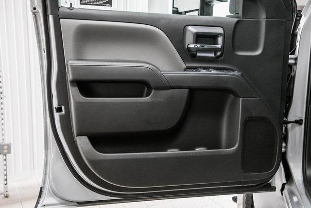 2020 Chevrolet Silverado Medium Duty Crew Cab DRW 4x4, Chipper Body #20380 - photo 31