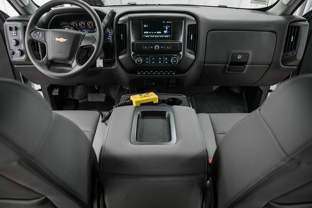 2021 Chevrolet Silverado Medium Duty Crew Cab DRW 4x4, Chipper Body #21138 - photo 23