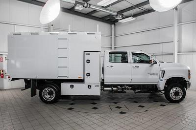 2021 Chevrolet Silverado Medium Duty Crew Cab DRW 4x4, Chipper Body #21138 - photo 4