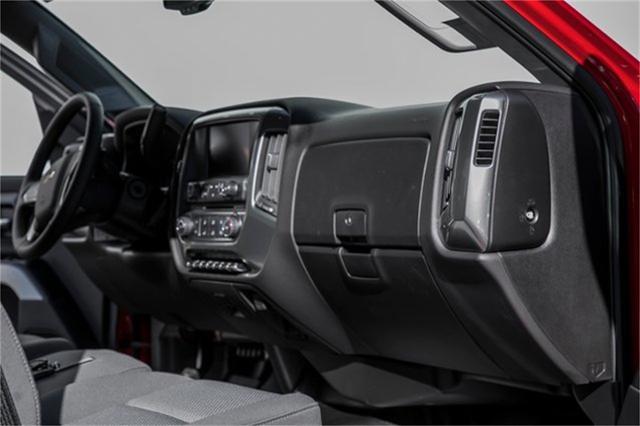 2019 Chevrolet Silverado Medium Duty Regular Cab DRW RWD, Jerr-Dan Standard Duty Carriers Rollback Body #25059 - photo 22