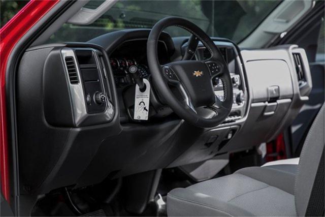 2019 Chevrolet Silverado Medium Duty Regular Cab DRW RWD, Jerr-Dan Standard Duty Carriers Rollback Body #25059 - photo 23