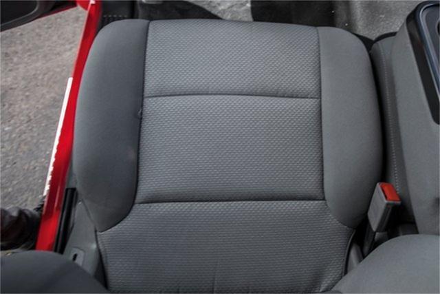 2019 Silverado Medium Duty Regular Cab DRW 4x2, Jerr-Dan Standard Duty Carriers Rollback Body #25059 - photo 31