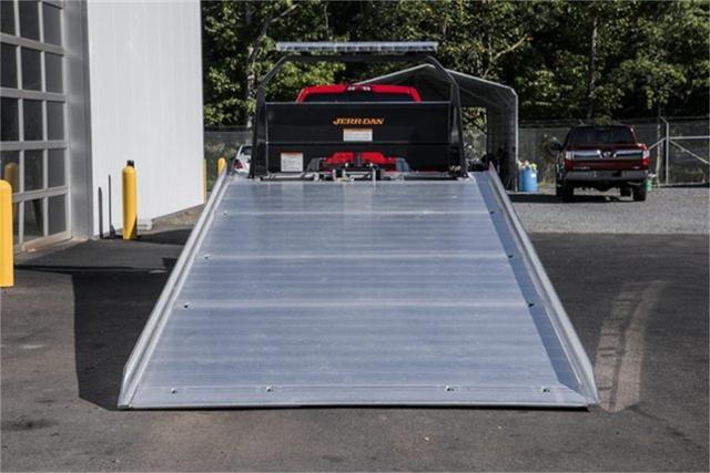 2019 Chevrolet Silverado Medium Duty Regular Cab DRW RWD, Jerr-Dan Standard Duty Carriers Rollback Body #25059 - photo 5