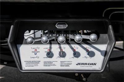 2019 Chevrolet Silverado Medium Duty Regular Cab DRW RWD, Jerr-Dan Standard Duty Carriers Rollback Body #25059 - photo 11