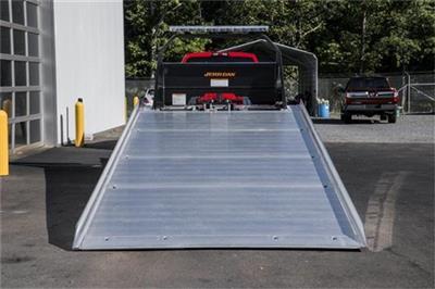 2019 Chevrolet Silverado Medium Duty Regular Cab DRW RWD, Jerr-Dan Standard Duty Carriers Rollback Body #25059 - photo 4