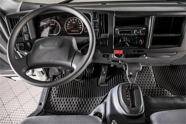 2020 Chevrolet LCF 5500XD Regular Cab DRW 4x2, PJ's Contractor Body #25401 - photo 19
