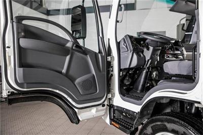 2020 Chevrolet LCF 5500XD Regular Cab DRW 4x2, PJ's Contractor Body #25401 - photo 28