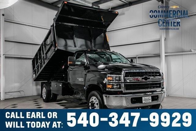 2020 Chevrolet Silverado Medium Duty Regular Cab DRW RWD, SH Truck Bodies Landscape Dump #25870 - photo 1