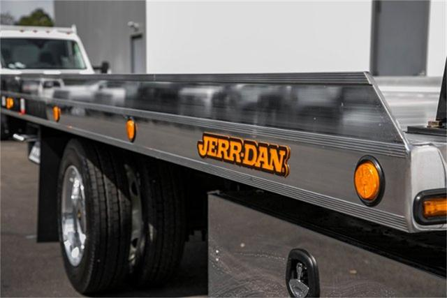 2019 Silverado Medium Duty Regular Cab DRW 4x2, Jerr-Dan Standard Duty Carriers Rollback Body #99499 - photo 15