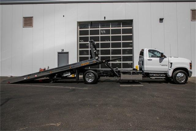2019 Silverado Medium Duty Regular Cab DRW 4x2, Jerr-Dan Standard Duty Carriers Rollback Body #99499 - photo 3