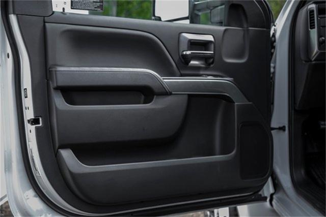 2019 Silverado Medium Duty Regular Cab DRW 4x2, Jerr-Dan Standard Duty Carriers Rollback Body #99499 - photo 35