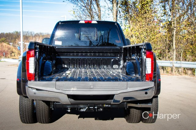 2017 F-350 Crew Cab DRW 4x4 Pickup #53346 - photo 2