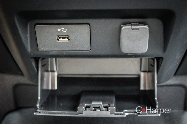 2018 F-150 Regular Cab 4x4, Pickup #53681 - photo 10