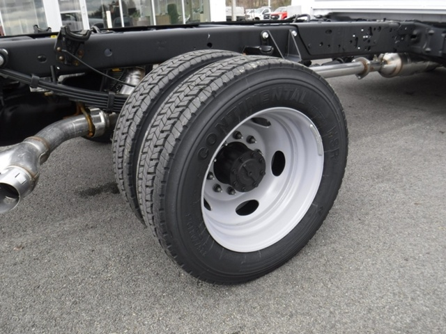 2018 F-450 Super Cab DRW 4x2,  Cab Chassis #T1073 - photo 3