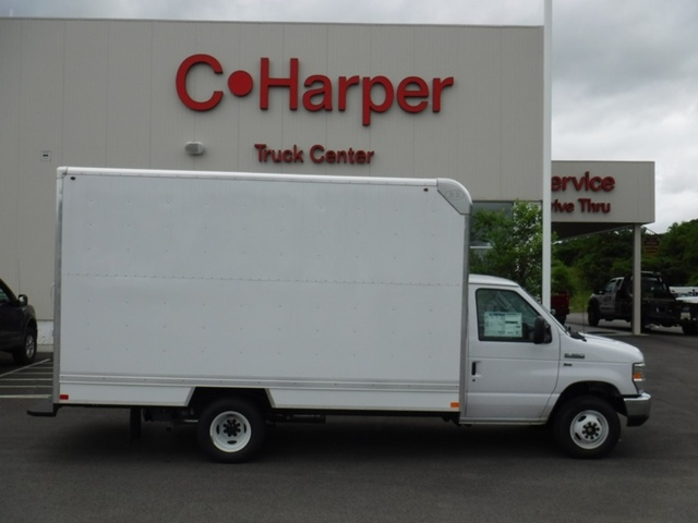 2018 E-350 4x2,  Bay Bridge Classic Cutaway Van #T1127 - photo 2