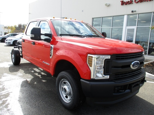 2018 F-350 Crew Cab 4x4,  Cab Chassis #T1175 - photo 10