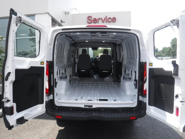 2018 Transit 250 Low Roof 4x2,  Empty Cargo Van #T1182 - photo 17