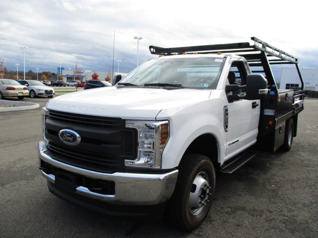 2018 F-350 Regular Cab DRW 4x4,  Freedom Platform Body #T1204 - photo 9