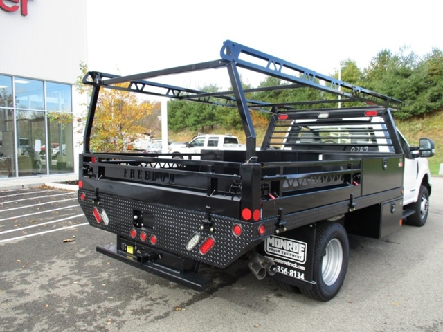 2018 F-350 Regular Cab DRW 4x4,  Freedom Platform Body #T1204 - photo 2