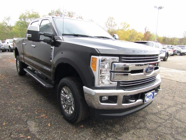 2017 F-250 Crew Cab 4x4 Pickup #S1315 - photo 5