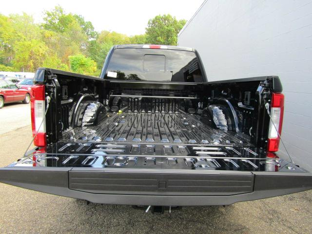 2017 F-250 Crew Cab 4x4 Pickup #S1351 - photo 22